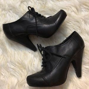 Shi by Journeys Black Lace Up Booties